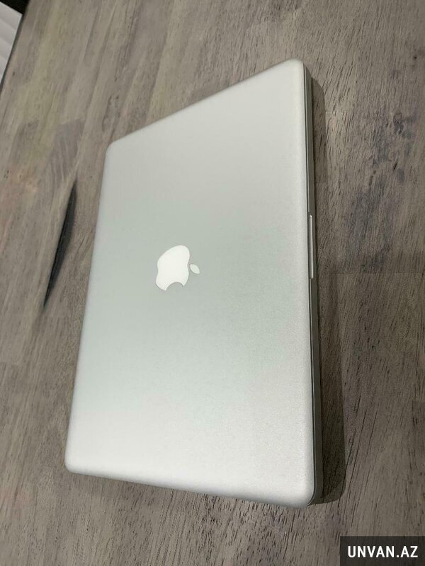 Apple MacBook Air With Retina Display 13.3in 8GB