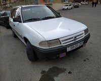 Opel Astra  1994 il, 1 motor