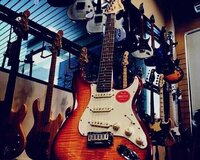 "Gitara ""Fender SQ Bullet start''"