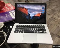 Macbook pro 13.3 + Core i5 .8 gb ram