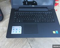 DELL Core i7 / 8 gb ram / 17.3 FULL HDD