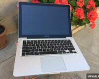 Macbook pro 13.3 + Core i5 / 8 gb ram , ideal