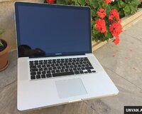 Apple Macbook pro 15.4 +Core i7 / 8 gb ram
