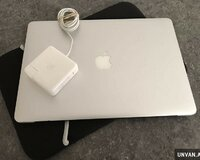 Apple MacBook Pro 15.4 256GB 2.2GHz Intel i7 8th G