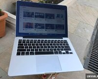 Macbook pro 13.3 Retina + Core i5 / 8 gb ram
