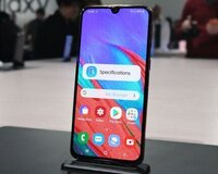 Samsung Galaxy A40, 4/64GB